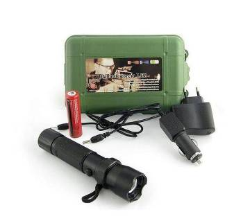 Rechargeable Bright LED Torch 800M