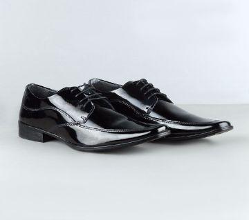APEX Mens Patent Shoe