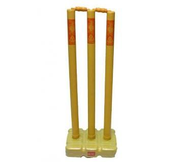 Cricket plastic stamp stand