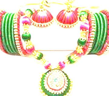 Yarn necklace with earrings & bangles
