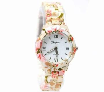 Floral design wrist watch for ladies