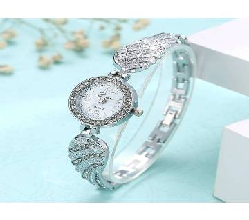 Stone Setting Wristwatch for Women