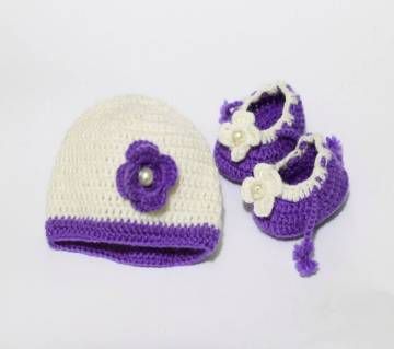 Hand Made Wool Cap With Socks for Baby