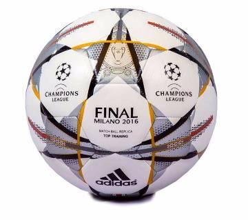 ফুটবল -রেপ্লিকা