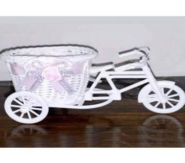 Ride Off Rickshaw Show Piece