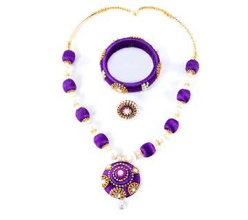 Multi color silk yarn jewelry set