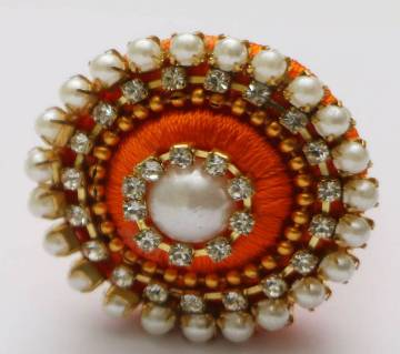 silk yarn finger ring