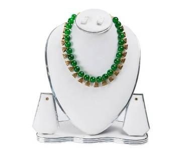 Green Color Artificial Pearl Necklace