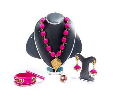 Light Megenta Silk Thread Jewellery Set