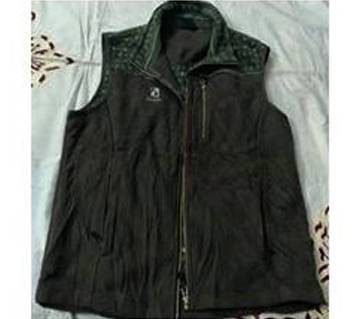 Ladies Sleeveless Winter Wear