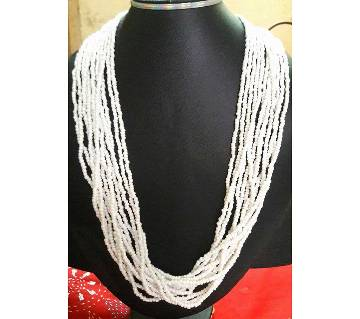Ladies artificial pearl setting necklace