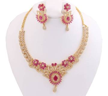 Diamond cut Necklace with Earrings