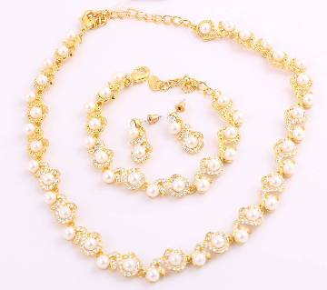Gold Plated Pearl Necklace with Earrings