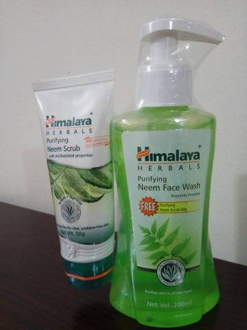 Himalaya Neem Face Wash with free Scrub
