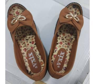 Ladies Multi Color Pumpy Shoes