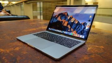 Apple MacBook Pro 2016 - 256GB - 8GB RAM