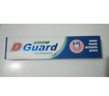 D Guard Tooth Paste 120gm