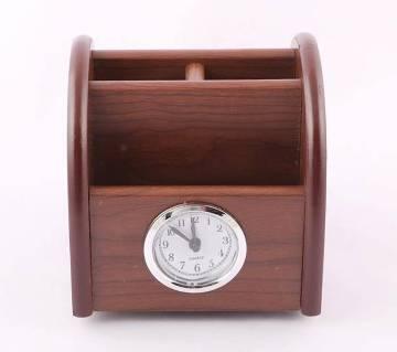Moving Wooden Pen Holder Clock
