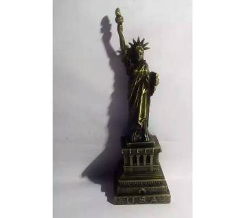 The Statue of Liberty Showpiece