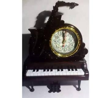 Piano Clock Showpiece