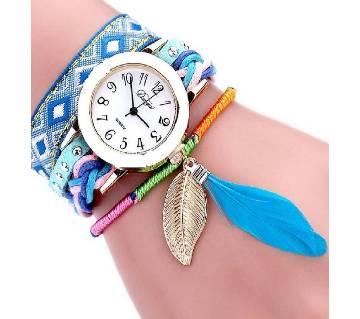 Ladies leaf design artificial leather wrist watch