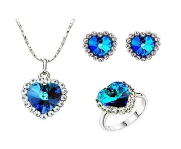 Blue and white stone heart shaped jewellery Set