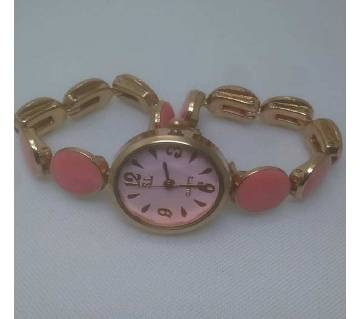 Pink Analogue Wrist Watch For Women