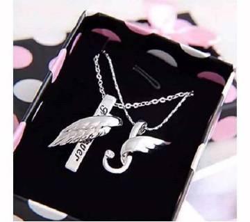 Silver couple locket