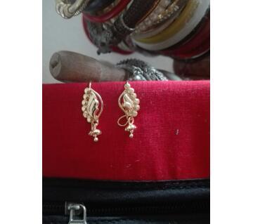 City gold earring