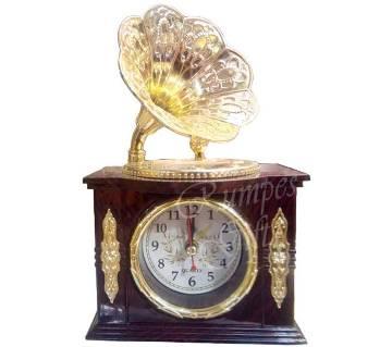Gramophone Clock Show Piece