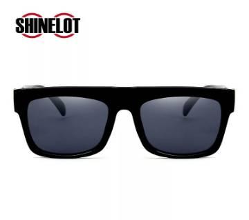 Simple Unisex Sunglass