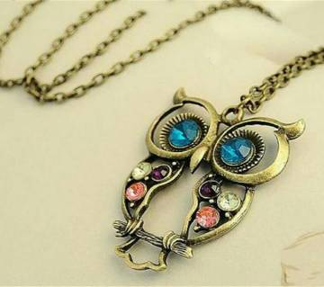 Owl Shaped Pendant With Earrings