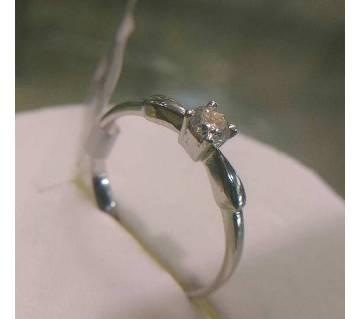 Dimnod Ring