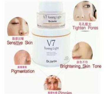Dr.Jart+ V7 toning light cream (Korea)