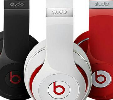Beats ear headphone