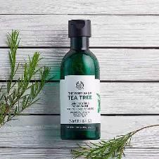 Tea Tree Skin Clearing Mattifying Toner 250ml UK