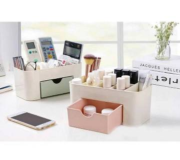 Desktop cosmetics storage box