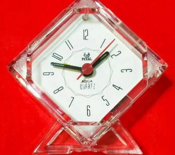 Alarm table clock