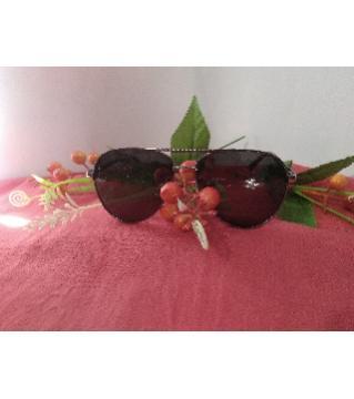 polarized sunglass