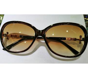 plastic frame ladies sunglasses