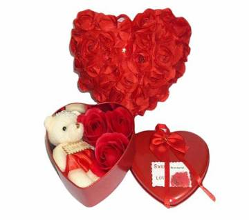 Vaentine Gift Box with pillow