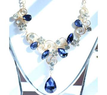 Metal And Stone Designer Flower Shape Necklace