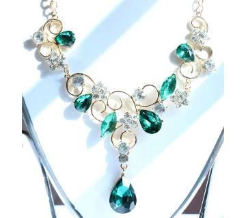 Glossy Green Designer Flower Leaf Shape Necklace