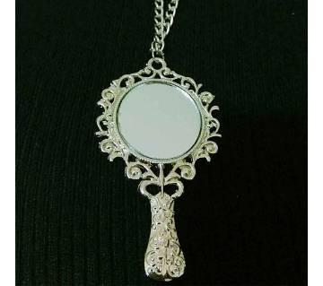 long chain mirror