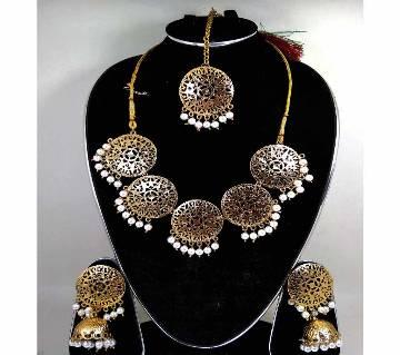 Artificial Pearl Jewellery Set