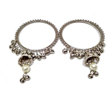 SILVER BANGLES WITH TULIP