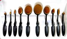 Huda beauty মেকআপ ব্রাশ সেট- ৬ পিস