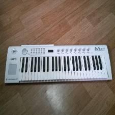 M49 USB MIDI কিবোর্ড - White