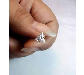 18k gold triangle জিরকন স্টোন নোজ পিন