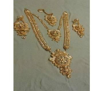 Ladies Gold Plated Jewellery Set